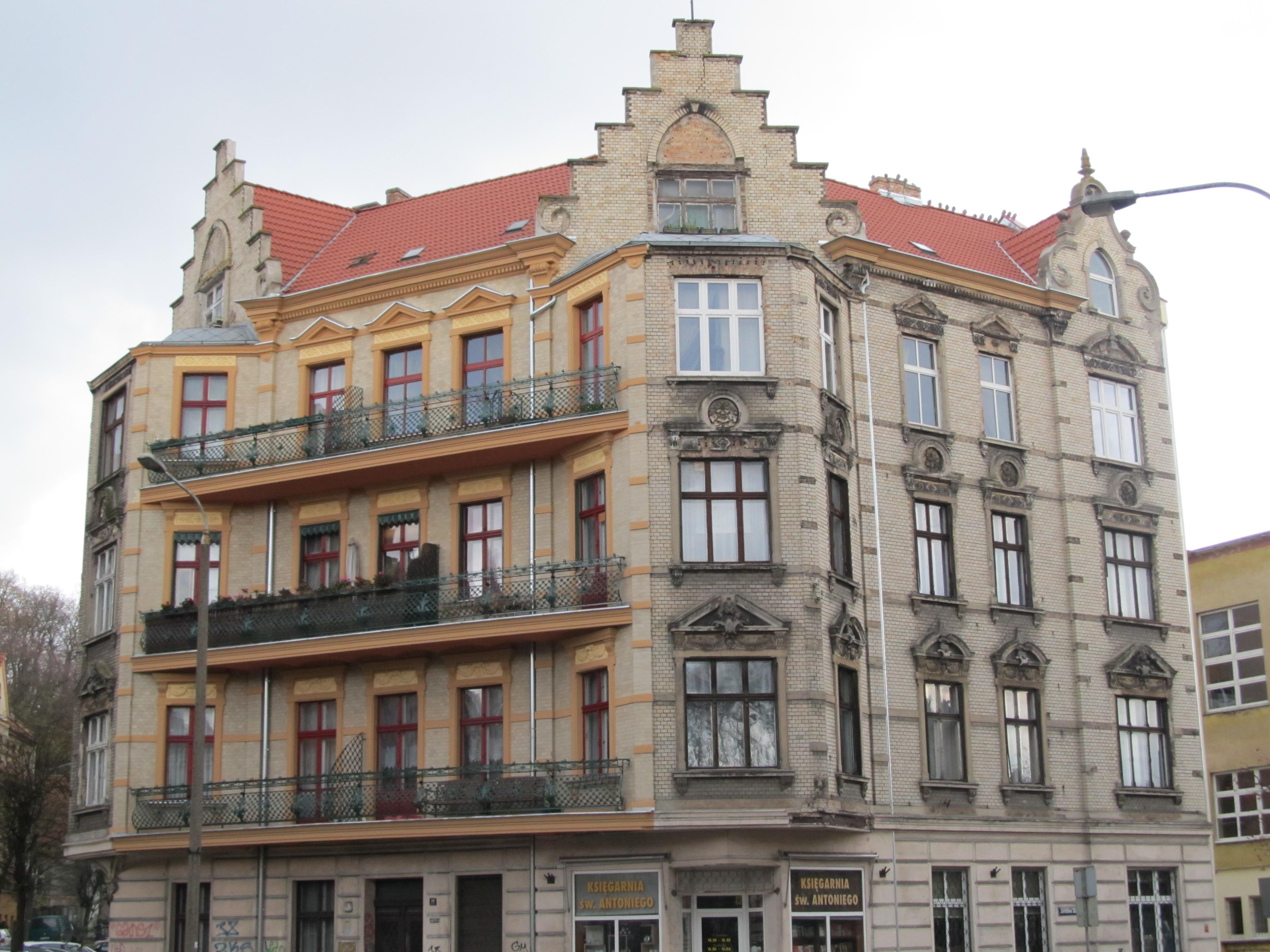 czy-warto-remontowac-mieszkanie-w-starej-kamienicy